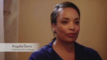 Aveeno Skin Relief TV Spot, 'A Moment for Me' Featuring Angela Davis - Thumbnail 1
