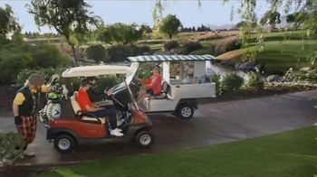 GEICO TV Spot, 'Dougal Meets a Cart Girl' Featuring Daniel Berger - Thumbnail 4