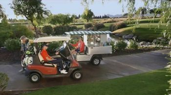 GEICO TV Spot, 'Dougal Meets a Cart Girl' Featuring Daniel Berger - Thumbnail 8