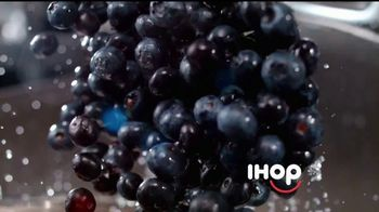 IHOP TV Spot, 'Berry Good Breakfast' [Spanish] - Thumbnail 4