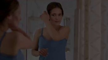 Gold Bond Dark Spot Minimizing Body Cream TV Spot, 'Years in the Sun' - Thumbnail 1