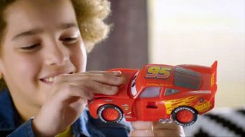 Cars 3 Crazy Crash 'N Smash Racers TV Spot, 'Just Like New' - Thumbnail 3