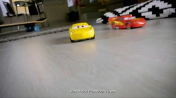 Cars 3 Crazy Crash 'N Smash Racers TV Spot, 'Just Like New' - Thumbnail 5