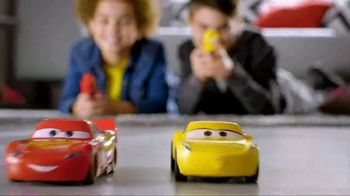 Cars 3 Crazy Crash 'N Smash Racers TV Spot, 'Just Like New' - Thumbnail 8