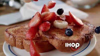 IHOP TV Spot, 'Berry Good Breakfast' - Thumbnail 4