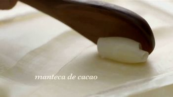Garnier Whole Blends TV Spot, 'Descubre el Smoothing Oil' [Spanish] - Thumbnail 3