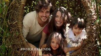 Garnier Whole Blends TV Spot, 'Descubre el Smoothing Oil' [Spanish] - Thumbnail 7