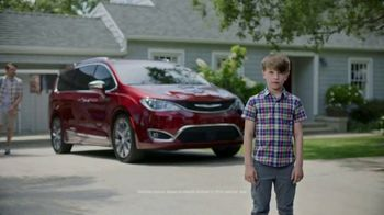 Chrysler Memorial Day Pacifica Event TV Spot, 'Life Before the Pacifica' [T2]