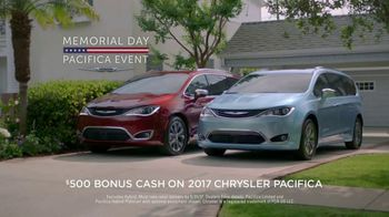 Chrysler Memorial Day Pacifica Event TV Spot, 'Life Before the Pacifica' [T2] - Thumbnail 8