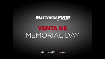 Mattress Firm Venta de Memorial Day TV Spot, 'Juego de colchones' [Spanish] - Thumbnail 8