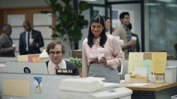 Mastercard MasterPass TV Spot, 'Office Chaos' Featuring Jane Lynch - Thumbnail 9