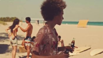 Coca-Cola TV Spot, 'Share a Coke: Icebreaker' Song by The Knocks - Thumbnail 4