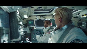 Lyft TV Spot, 'Riding Shotgun: Bonus' Featuring Tilda Swinton, Jordan Peele - Thumbnail 8