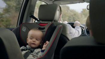 2017 Hyundai Santa Fe TV Spot, 'NFL Sponsorship: Choices' [T1] - Thumbnail 1
