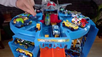 Hot Wheels Super Ultimate Garage TV Spot, 'Full of Action' - Thumbnail 5