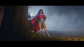Party City TV Spot, 'Oh, It's On: Wonder Women' - Thumbnail 4