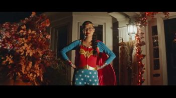 Party City TV Spot, 'Oh, It's On: Wonder Women' - Thumbnail 5