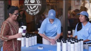 Honda TV Spot, 'Random Acts of Helpfulness: Coffee Day' [T2] - Thumbnail 10