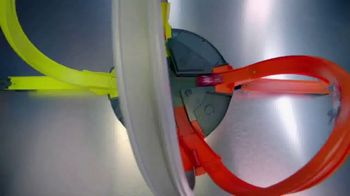 Hot Wheels Roto Revolution TV Spot, 'Challenge Your Friends' - Thumbnail 4