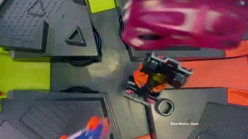 Hot Wheels Roto Revolution TV Spot, 'Challenge Your Friends' - Thumbnail 6