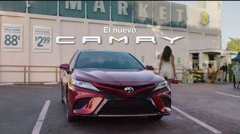 2018 Toyota Camry TV Spot, 'Despampanante' [Spanish] [T2]