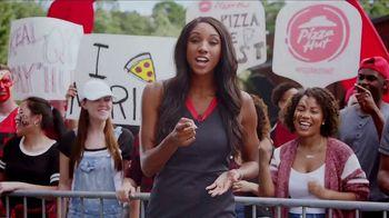 Pizza Hut Rewards TV Spot, 'ESPN: Free Pizza Faster' Featuring Maria Taylor - Thumbnail 3