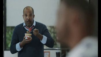 Campbell's Chunky Maxx Soup TV Spot, 'Working for the Weekend'' - Thumbnail 4
