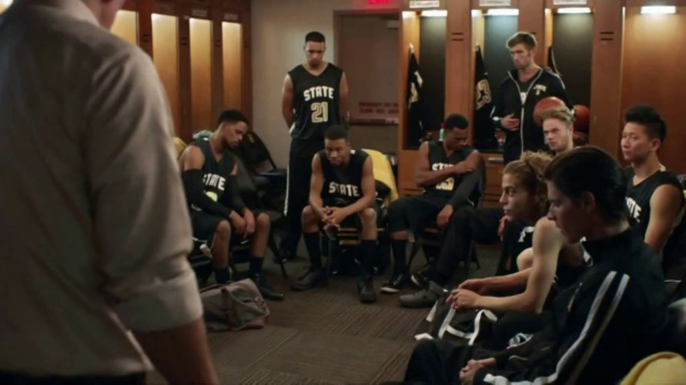 Southwest Airlines TV Commercial, 'Behind Every Seat Is a Story: Coach'