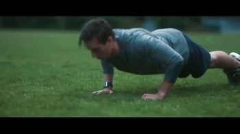 Fitbit Ionic TV Spot, 'Designed for Fitness' - Thumbnail 5