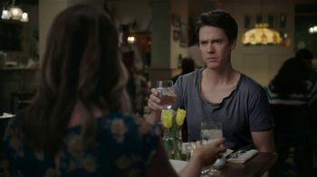 Ultra Downy TV Spot, 'A medio lavar' [Spanish]