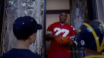 Nissan TV Spot, 'Heisman House: Trick or Treat' Featuring Eddie George [T1] - Thumbnail 2