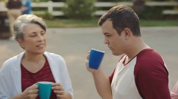 Keurig K-Select TV Spot, 'Brew the Love: Keurig Converts' Ft. James Corden - Thumbnail 7