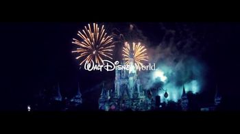 Walt Disney World TV Spot, 'That's the Power of Magic: A Whole New World' - Thumbnail 9