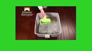 Neater Scooper TV Spot, 'Scoop, Sift and Lift' - Thumbnail 7