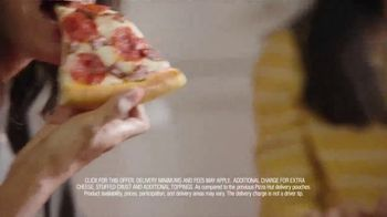 Pizza Hut TV Spot, 'Delivery Pouch' - Thumbnail 9