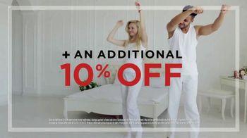 Mattress Firm Semi-Annual Sale TV Spot, 'Favorites on Sale: Memory Foam' - Thumbnail 2