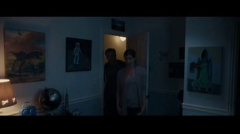 Progressive TV Spot, 'The Closet' - Thumbnail 2
