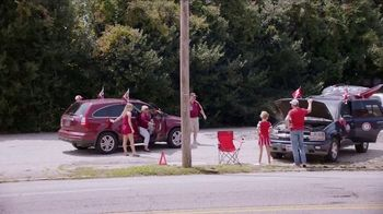 Chick-fil-A TV Spot, 'College Football Rivalries' - Thumbnail 5