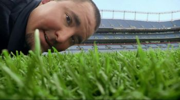 Papa John's Philly Pizzas TV Spot, 'Make the Field' - Thumbnail 1