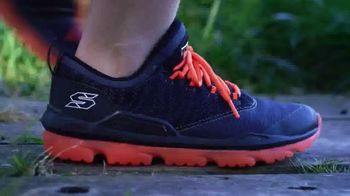SKECHERS Skech-Air TV Spot, 'Ready to Go' Song by Ms. Triniti - Thumbnail 10