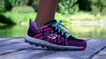 SKECHERS Skech-Air TV Spot, 'Ready to Go' Song by Ms. Triniti - Thumbnail 7
