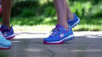 SKECHERS Skech-Air TV Spot, 'Ready to Go' Song by Ms. Triniti - Thumbnail 8