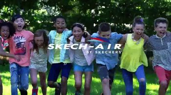 SKECHERS Skech-Air TV Spot, 'Ready to Go' Song by Ms. Triniti - Thumbnail 9