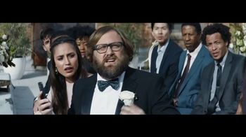 Verizon TV Spot, 'Live Wedding: Google Pixel' Featuring Thomas Middleditch - Thumbnail 4