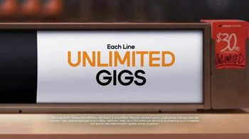 Boost Mobile Best Family Plan TV Spot, 'Easy to Switch, Easy to Save' - Thumbnail 6