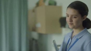HP Spectre x360 PC TV Spot, 'Reinvent My Story: Intern' - Thumbnail 2