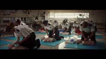 Planet Fitness TV Spot, \'The World Judges. We Don\'t: CPR\'