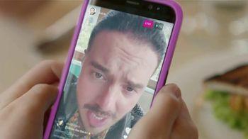 T-Mobile TV Spot, 'Buenos días' con J Balvin [Spanish] - Thumbnail 5