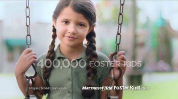 Mattress Firm Foster Kids TV Spot, 'School Supplies Drive' Ft. Simone Biles - Thumbnail 5