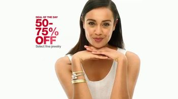 Macy's One Day Sale TV Spot, 'Apparel, Jewelry and Suits' - Thumbnail 6